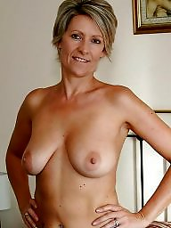 Mature moms, Mom, Amateur mature, Moms, Amateur moms
