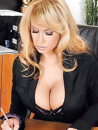 Sexy m, Sexy cleavage, Sexy c, Sexy big boobs, Sexy big boob, Sexy babes