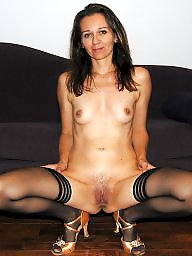 Spreading, Mature spreading, Mature stockings, Heels