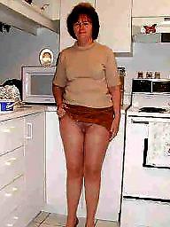 Mature upskirt, Pantyhose upskirt