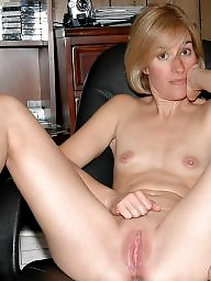 Mature spreading, Spreading, Moms, Spread, Milf mom, Mature spread