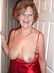 Granny flashing, Granny, Granny tits, Flashing tits, Grannies, Grannys