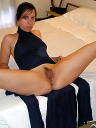Mature moms, Amateur mature, Moms, Mature legs, Leg, Open legs