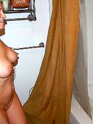 Shower, Amateur lesbians