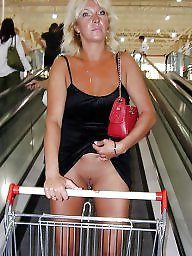 Voyeur, Public, Public nudity, Flashing, Public flash, Public flashing