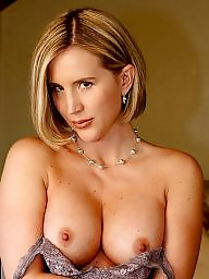 Milf mom, Undressed, Undress, Hot moms, Moms, Mom