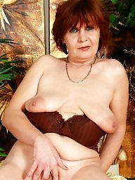 Naked, Saggy tit, Saggy, Mature posing, Old tits, Mature saggy