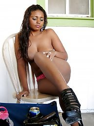 Gallery, Ebony amateur