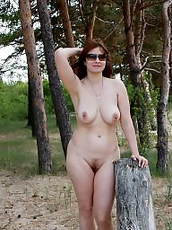 Amateur mom, Mom amateur, Mature moms, Wives, Mature posing, Mom