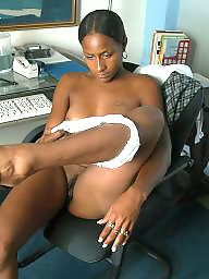 Pretty, Ebony amateur, Hood