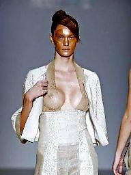 Voyeur beauty, Tit public, Public tits, Model voyeur, Fashions, Beauty voyeur