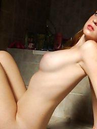Amateur redhead, Bathroom