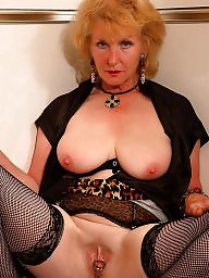Mature stockings, Mature nylon, Mature nylons, Nylon mature