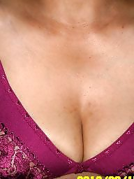 N cleavages, Milf housewife, Milf cleavage, Housewifes, Housewife 2, Housewife