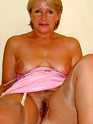 Amateur mom, Mature moms, Mature posing, Used milf, Moms, Wives