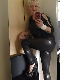 Polish milf, Leggings, Polish, Milf leggings, Leg, Sexy legs