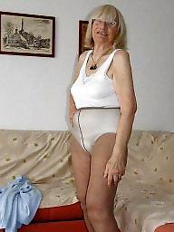 Amateur pantyhose, Milf bra, Mature bra, Pantyhose, Mature pantyhose, Pantyhose mature