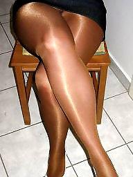 Sexy mature, Leggings, Sexy legs, Mature legs, Mature leggings