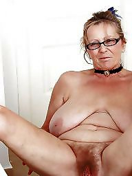 Amateur spreading, Mature spreading, Amateur mature, Spread, Legs spread, Mature legs