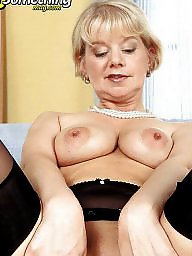 Spreading, Mature spreading, Mature spread, Spread, Milf spreading, Mom