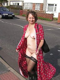 Amateur, Public, Milf, Flashing
