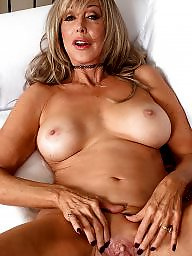 Toing mature, Milfs flashing, Milfs bitches, Milf fuck, Milf flashing, Milf flash