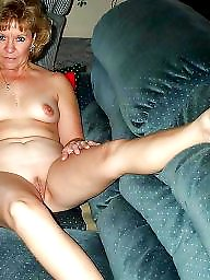 Mature spreading, Legs spread, Spreading, Spread, Mature legs, Amateur mature