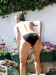 Mature public, Mature nipples, Sexy granny, Grannies, Garden, Nipples