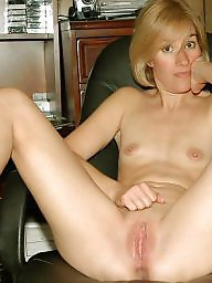 Spreading, Spread, Amateur spreading, Mature spreading, Spreading mature, Milf spreading