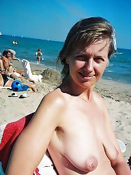 Beach boobs, Saggy, Nipple, Beach, Big nipples, Saggy boobs