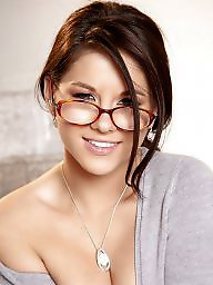 Glasses glass, Glasse, Glass,glasses, Glass glasses, Girl with glasses, Gorgeous t