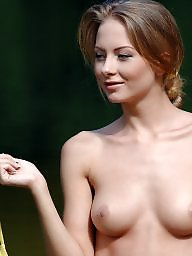 X files babes, X files, X file, X-files, Thes beauty, The beauty tit