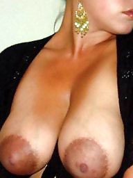 Areolas large
