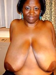 Ebony amateur, Ebony tits, Saggy, Voyeur, Black tits
