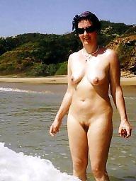 Milf beach, Beach milf