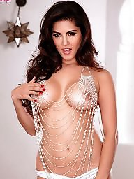 X gorgeous, Toes toes, Toes, Toe camel, Sunny leone, Sunny leon
