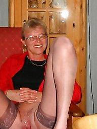 Wideness, Spreads, Spreading milf, Spreading mature, Spreading, Spread legs