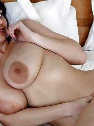 Huge tits, Areolas