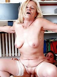 Youngers, Younger, Mature younger, Mature older women, Olders women, Older women amateurs