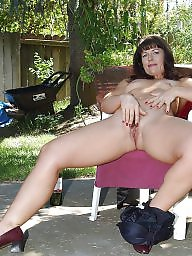 Mature public, Public mature, Backyard